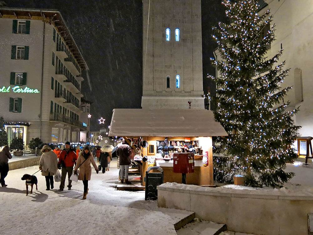 Due Due Cortina Srl.Hotel In The Pedestrian Zone In Cortina Hotel Cortina Offical Site